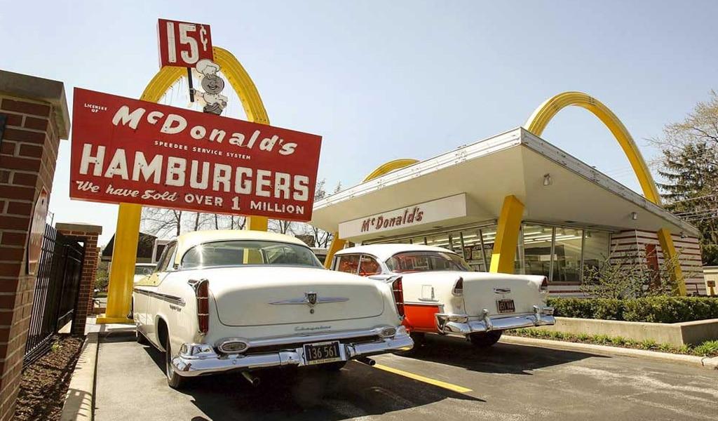 Mc`Donalds Hamburgers photo