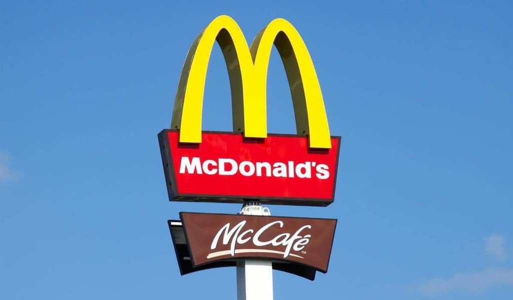 The feature of Mc`donalds logo
